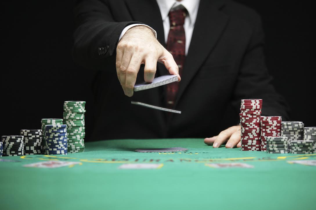 Aplikasi Game Bandar Poker